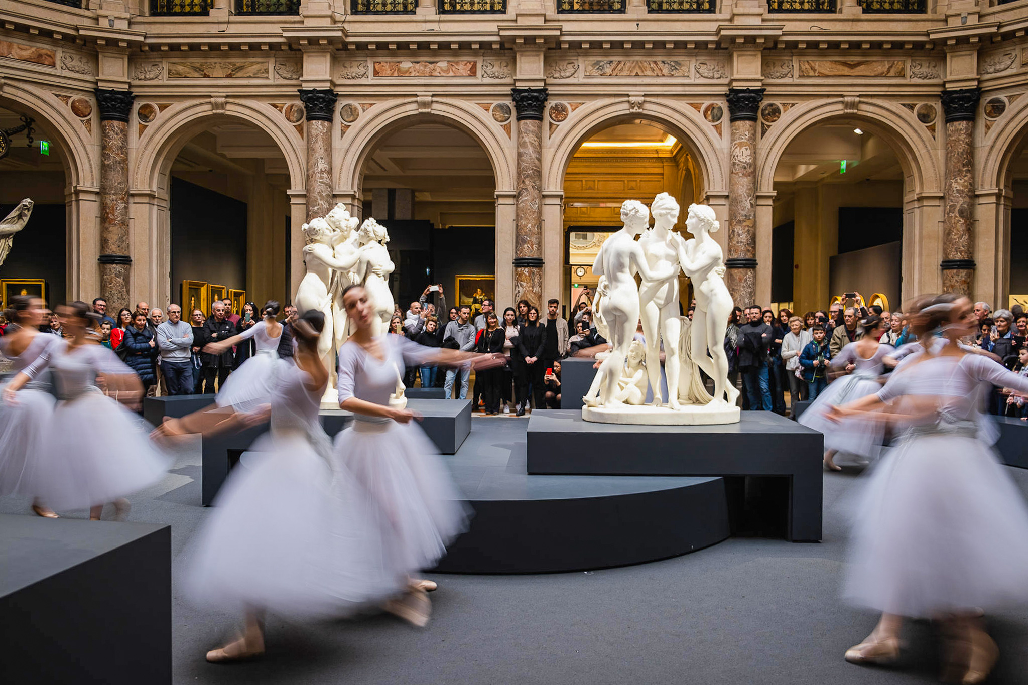 Flash mob per Canova e Thorvaldsen Gallerie d'Italia